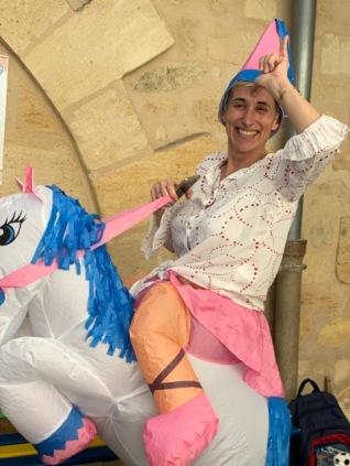 Spéciale dédicace à Cathy la maman la plus emballée par le carnaval chaque année 😂
